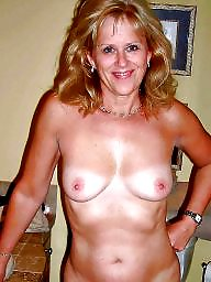 Amateur mom, Mom, Moms