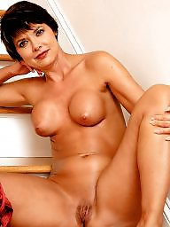 Beautiful mature, Linda
