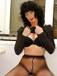 Mature pantyhose, Mature stockings, Pantyhose, Pantyhose mature, Pantyhose milf