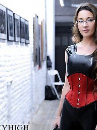 Latex amateur, Latex, Corset, Leggings, Latex bdsm, Public bdsm