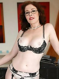 Amateur mom, Mature moms, Hot moms, Glasses, Mom, Glass