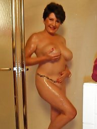 ¨shower, X shower, The,in, The in, Showering, Shower matures