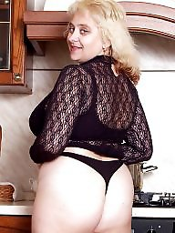 Chubby mature, Chubby, Mature chubby, Housewife, Big mature, Mature housewife