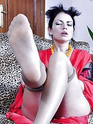 Nylons, Nylon feet, Nylon