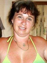 Bikini milfs