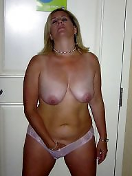 Mature mons naked