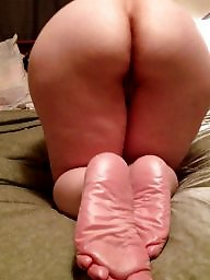 Mature ass feet