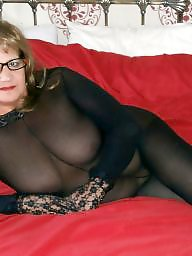 Nylon mature, Mature nylons, Nylons, Mature stockings, Mature nylon
