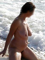 Milf beach, Milf public, Public milf