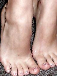 Teens sexy feet, Teens legs, Teens leggings, Teens femdom, Teens feet, Teen,femdom