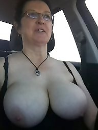 Mature topless, Topless