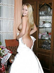 nude bride posing Russian amateur