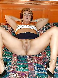 Mature legs, Spreading, Mature slut, Mature spreading, Mature spread, Leggings