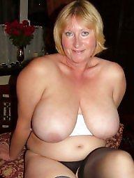 Amateur lingerie, Mature pussy, Mature lingerie, Pussy flash, Flashing tits, Mature slut