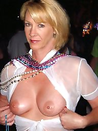 Moms, Mature moms, Soccer, Hot moms, Soccer mom, Amateur mature