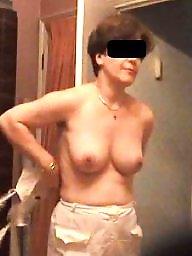 Braless, Hidden, Hidden cam, Nurse, Caught, Tits