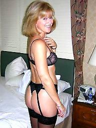 Womens nude, Women nude, Women mature, Women and women, Posing sexy, Posing nudes