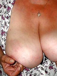 Show matures, Show mature, Show her, Shows her, Matures showing, Matures breasts