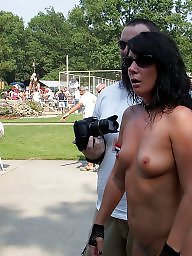Nudes a poppin, Public tits, Nude