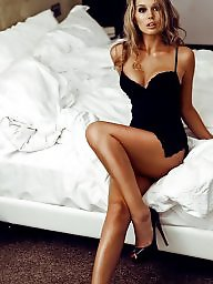 Up stocking, Stockings up, See stocking, See me, Smile, Make stocking