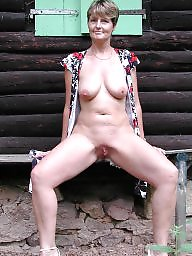 Hairy mature, Shaved