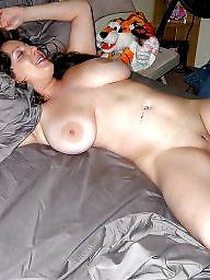 Milf slut, Milf flashing