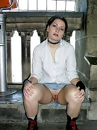 Upskirt flashing, Upskirt flash