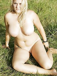 Cute, Posing, Bbw outdoor, Pose, Busty blonde, Outdoor