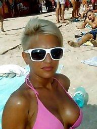 Krótkowłosa blondynka