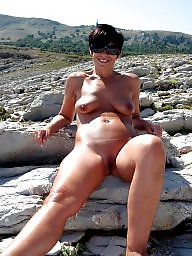 Mature pussy, Outdoor, Mature outdoor