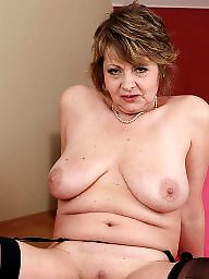 Wives, Mature mom, Moms, Mom, Sexy mature, Milf mom