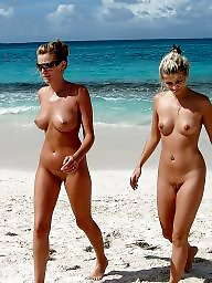 I love the beach, I love beach, Flashing beach, Beach flashes, Beach flash, Beach amateur voyeur