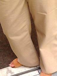 Ass feet, Street