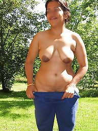 Aunty, Indian aunty, Aunty boobs, Indians, Indian boobs, Indian aunties