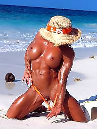 Mature beach, Muscle