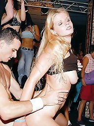 Party, Cougar