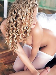 Withe hair, Hairs, Haires, Haired, Haire, Hair curly