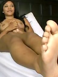 Ebony feet, Feet