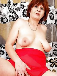 Mother, Saggy tits