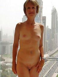Nude mulf