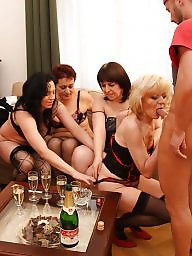 Mothers, Group sex, Old young, Share, Mature group, Sharing