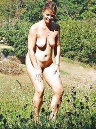 Voyeur, Naked, Naked milf
