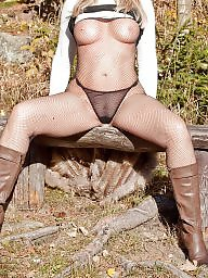Milf outdoor, Camel toe
