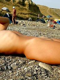 Voyeur, Beach
