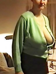 Downblouse, Hangers, Downblouse mature, Mature downblouse, Mature boobs, Braless mature