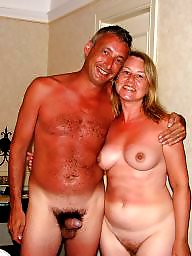 Milf public, Naked