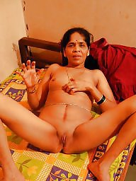V look, This milf, This mature, Thy milfs, Thy milf, Thy maturity