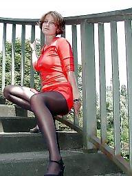 Upskirts show, Upskirt,legs, Upskirt show, Stockings showing, Stockings flashing, Stocking showing