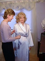 Mature sara, Sara mature, Sara, Dressing, Mature dress, Ups