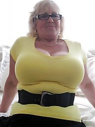 busty grannies phitos